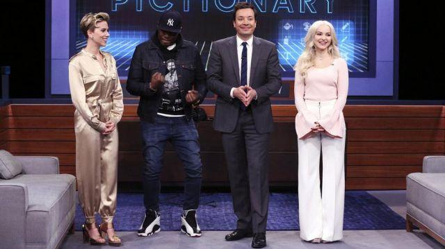 Chaussures portée par Scarlett Johansson dans l'émission The Tonight Show Starring Jimmy Fallon