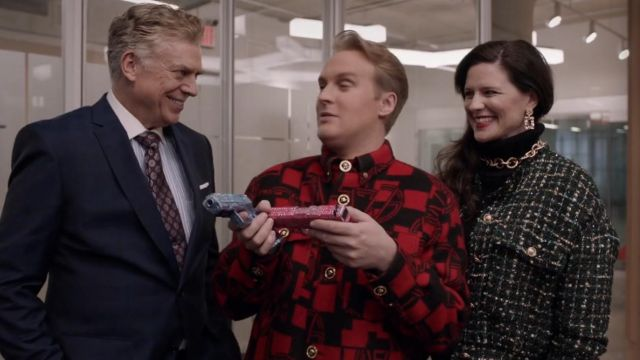 Red and black felt coat of Elliott Goss (John Early) in Search Party (S04E04)