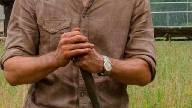 Montre kenneth cole portée par Rick Grimes portée par Rick Grimes Andrew Lincoln dans la série The Walking Dead