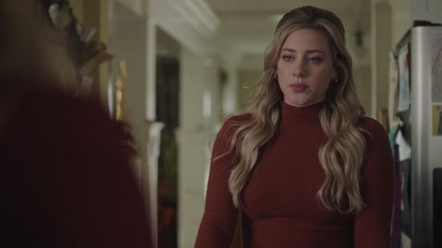 Red Sweater worn by Betty Cooper (Lili Reinhart) in Riverdale (S05E05)