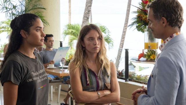 Junk Culture T-Shirt of Paula (Brittany O'Grady) in The White Lotus (S01E03)