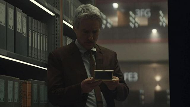 Brown Blazer Jacket worn by Mobius (Owen Wilson) as seen in Loki TV series (S01E04)
