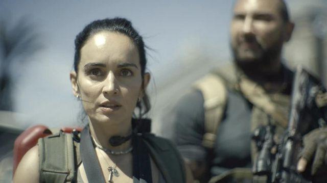 Key pendant necklace worn by Maria Cruz (Ana de la Reguera) as seen in Army of the Dead