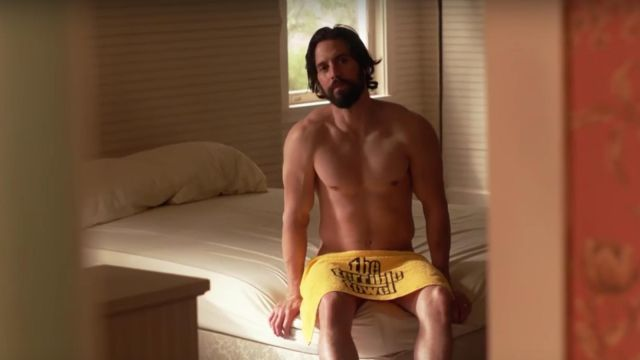 """The towel yellow """"The Terrible Towel"""" from Jack Pearson (Milo Ventimiglia) in This is Us"""