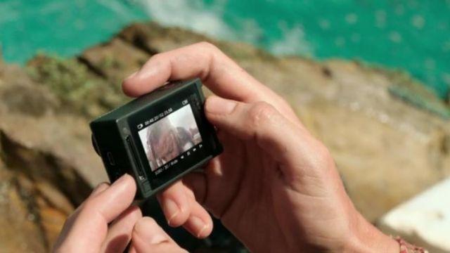 La camera GoPro de Nancy Adams (Blake Lively) dans The Shallows (Instinct de survie)