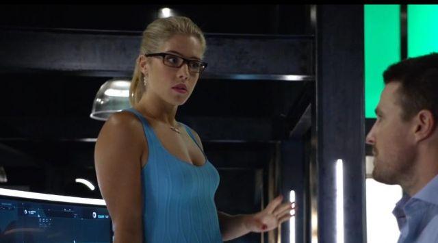 Felicity Smoak Pregnant