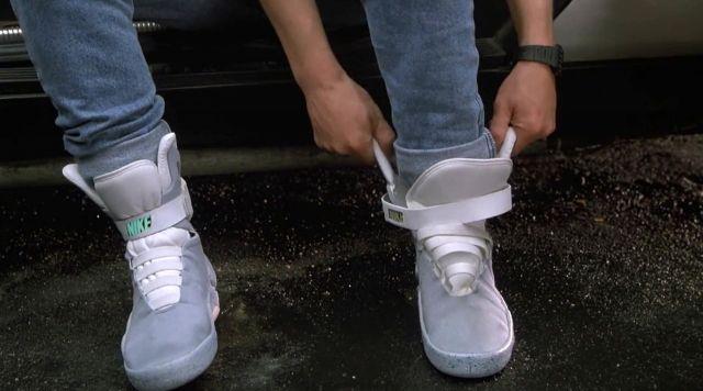 Baskets portées par Marty McFly (Michael J. Fox) comme on le voit sur Retour vers Le Futur Partie II