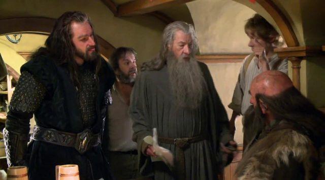 Les brassards de Thorin Écu-de-Chêne (Richard Armitage) dans Le Hobbit