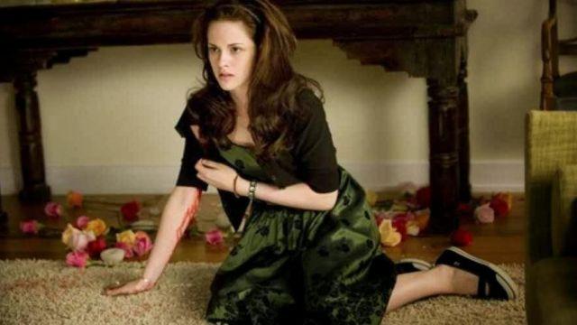Bella's (Kristen Stewart) Green Party Dress in Twilight New Moon