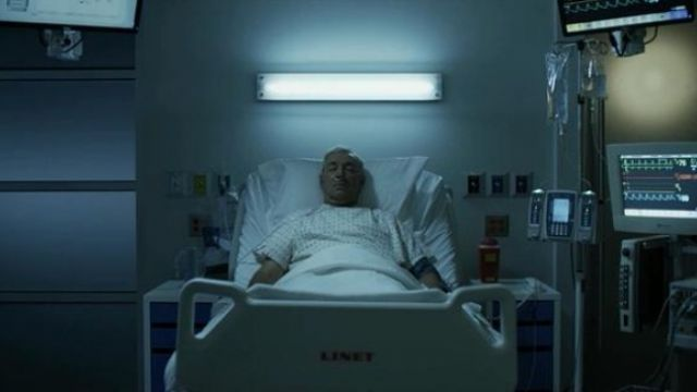 The hospital bed, Linet, Frank Underwood (Kevin Spacey) in House of Cards