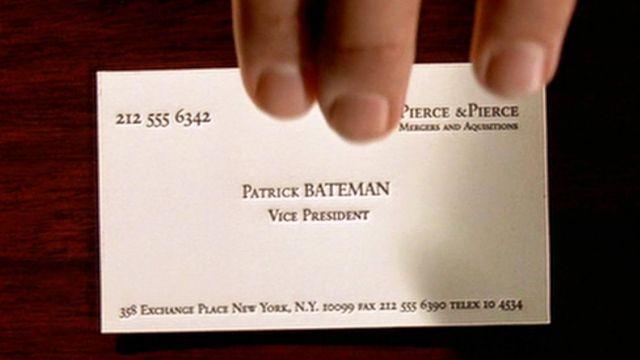 La carte de visite de Patrick Bateman (Christian Bale) dans American Psycho