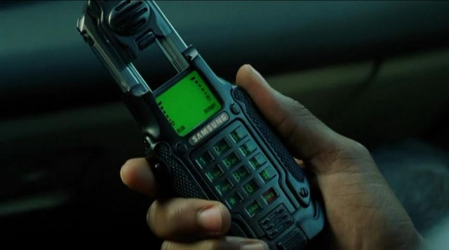 Samsung SPH-N270 of Neo / Thomas A. Anderson (Keanu Reeves) as seen on The Matrix: Reloaded