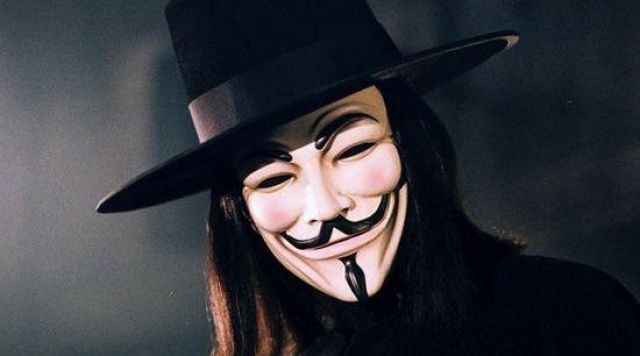 Guy Fawkes Mask Worn By V William Rockwood Hugo Weaving In V For Vendetta Spotern