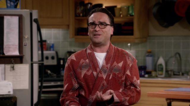 Vintage Beacon Blanket Robe worn by Leonard Hofstadter (Johnny Galecki) in The Big Bang Theory S09E02