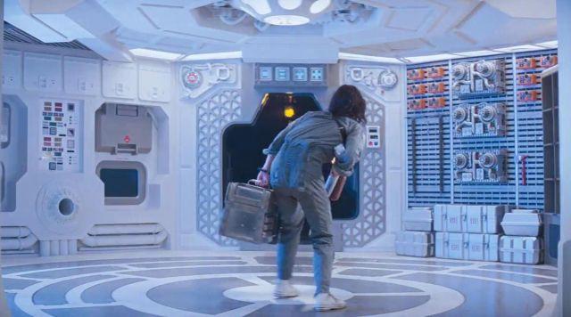 Shoes Converse of Ellen Ripley (Sigourney Weaver) in Alien