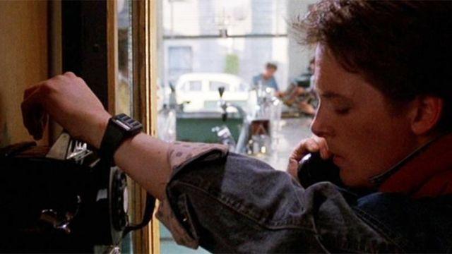 La montre Casio CA-53 W de Marty McFly (Michael J. Fox) dans Retour Vers Le Futur
