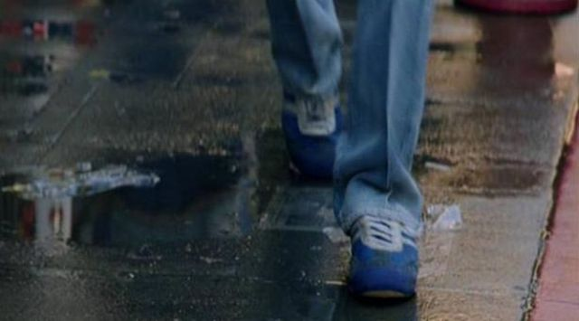 The Adidas sneakers blue 70s of Paul Michael Glaser (David