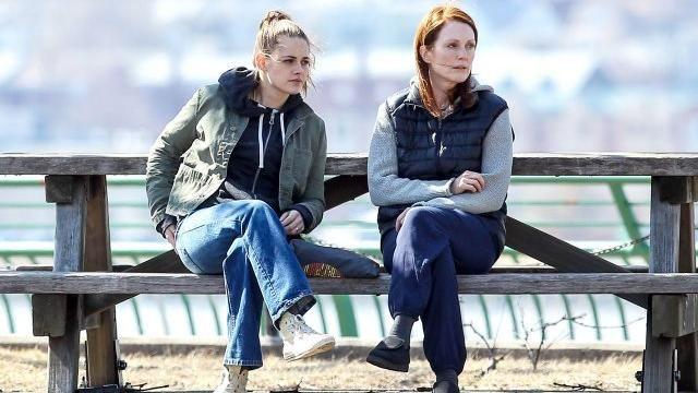 the converse of Kristen Stewart in Still Alice