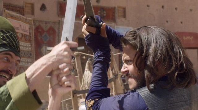 Les extensions d'Aladin (Kev Adams) dans Les Nouvelles Aventures d'Aladin
