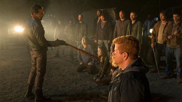 La fameuse batte de Negan (Jeffrey Dean Morgan) dans The Walking Dead S07E01