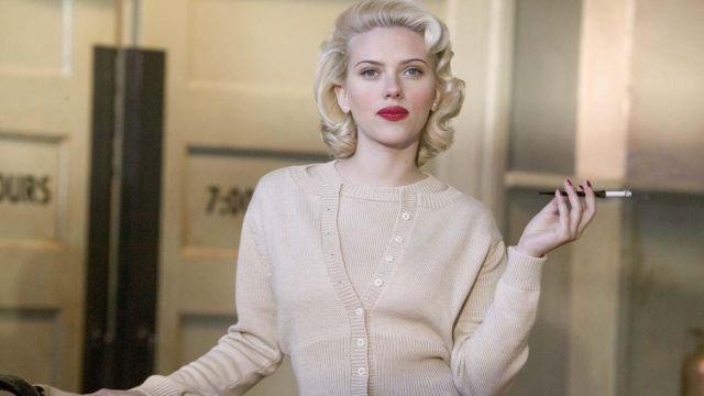 Waistcoat beige with Kay Lake (Scarlett Johansson) in The Black Dahlia