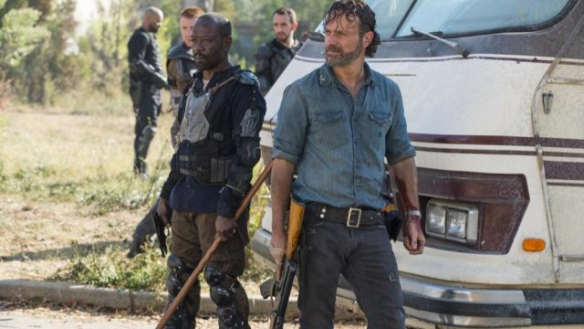 e9f13b373 The denim shirt of Rick Grimes (Andrew Lincoln) in The Walking Dead ...