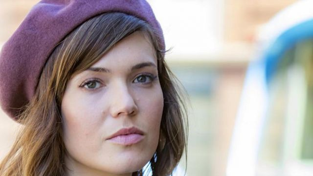 The bérêt Rebecca Pearson (Mandy Moore) in This is us (Season 1)