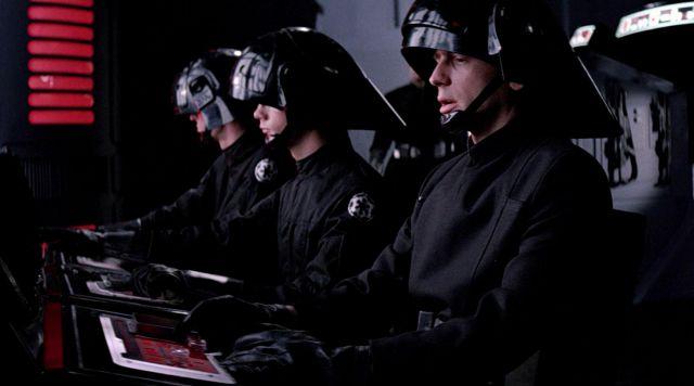 Casque des soldats impériaux de l'étoile noire dans Star Wars