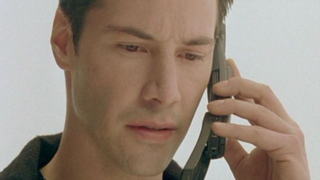 The Nokia mobile 8110 of Neo / Thomas A. Anderson (Keanu Reeves) in the Matrix