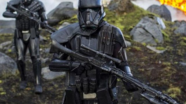 the 3 grenades, Death-Trooper in Rogue One : A Star Wars Story
