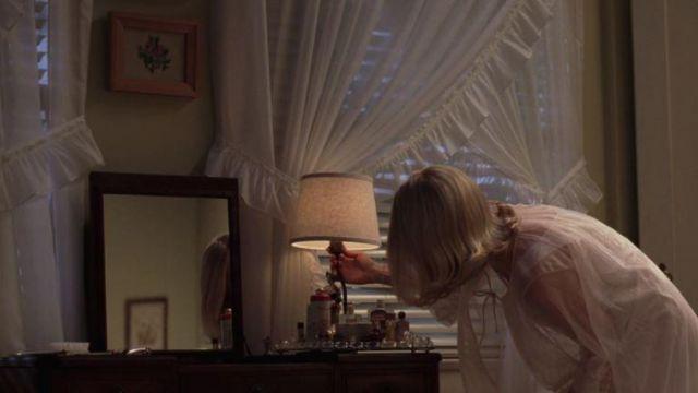 Betty Draper's (January Jones) Coty Muguet des Bois in Mad Men S01E02