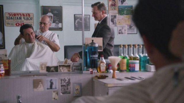 Don Draper's (Jon Hamm) barber's Barbicide disinfecting jar in Mad Men S05E12