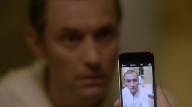 The Apple Iphone 5 seen in The Young Pope