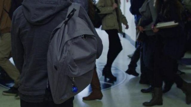 Grey Backpack worn by Clay Jensen (Dylan Minnette) in 13 Reasons Why