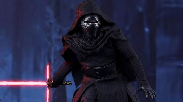 """The costume of Kylo Ren (Adam Driver) in """" Star Wars VII : The Awakening of the Force"""