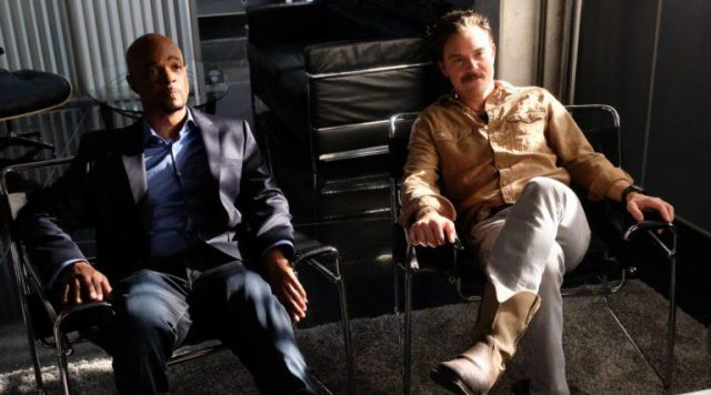 Boots beige Martin Riggs (Clayne Crawford) in the lethal