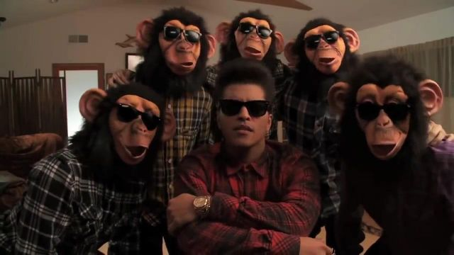 The Ray Ban Bruno Mars video clip The Lazy Song