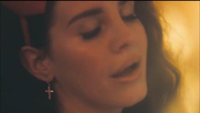 The Earrings Of Lana Del Rey In The Clip Ride Spotern