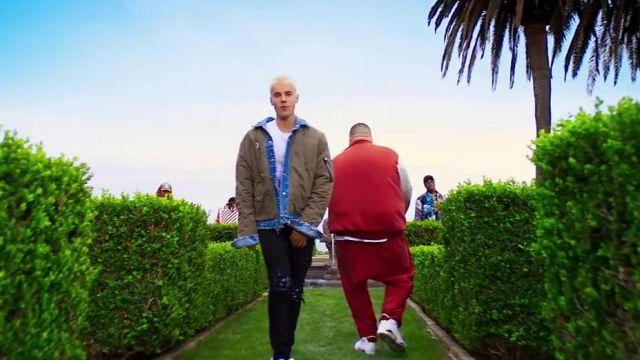 La veste reversible AMIRI de Justin Bieber dans I'm the One