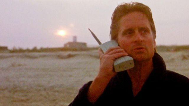 The phone Motorola 8000X Dynatac, Gordon Gekko (Michael Douglas) in Wall Street