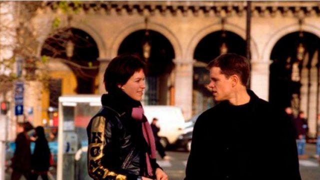 The hotel Regina in paris in The memory in the skin (Matt Damon)