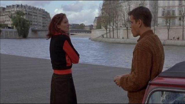 The Quai de la Tournelle in The Memory in the skin (Matt Damon)