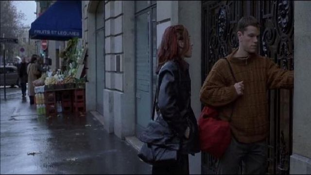 The apartment is 104 Avenue Kléber in Paris in The memory in the skin (Matt Damon)