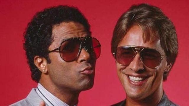 The sun glasses Alpina TR4 of James Crockett / Sonny (Don Johnson) in Two cops in Miami