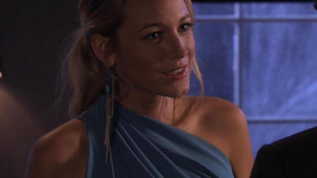 Les boucles d'oreilles de Serena Van Der Woodsen (Blake Lively) dans Gossip Girl S05E06