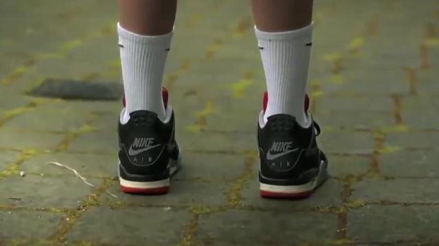 brand new c9f1a 5b7e9 Sneakers Nike Air Jordan IV in the movie clip Wings of ...