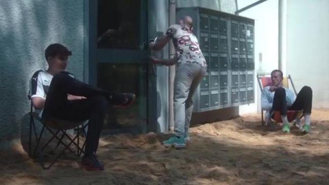 Les sneakers Nike Air Max Plus GPX de Chaman dans le clip