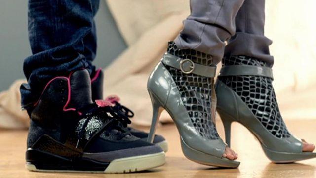 longitud nacimiento mezcla  Sneakers Nike Air Yeezy 1 Black/Pink in the video Knock You Down Keri  Hilson ft. Kanye West & NE-YO | Spotern