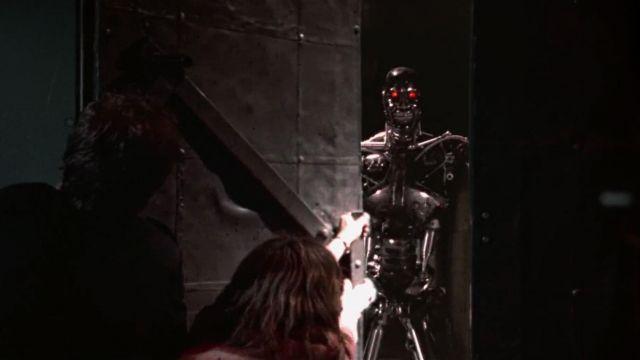 La réplique du Terminator T-800 (Arnold Schwarzenegger) dans Terminator