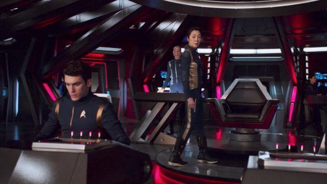 Starfleet Officer's Duty Uniform as seen in Star Trek: Discovery S01E02